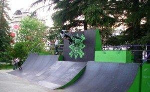 Сгоревший в Сочи скейт-парк восстановили учащиеся техникума