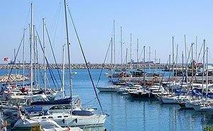 В Сочи между рыбаками и охранниками элитных яхт произошёл конфликт