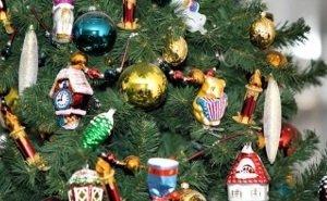 В Краснодаре открылась выставка раритетных ёлочных игрушек
