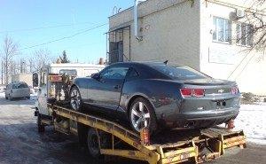 В Краснодаре, пока никто не видит, эвакуаторы похищают автомобили