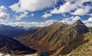 Один из двух туристов, пропавших в горах Сочи, найден