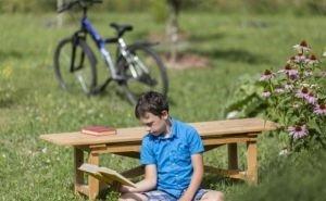 Ребёнок, в поисках места для чтения книги, незаконно пересёк границу России и Абхазии