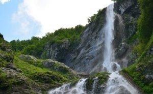 Краевой охранный статус пещер и водопадов Сочи может быть снят