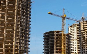 Депутаты ЗСК обеспокоены уровнем исполнения программы развития края в сфере строительства и архитектуры