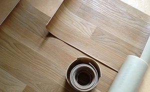 Чем можно приклеить линолеум к деревянному полу: разновидность клеевых составов