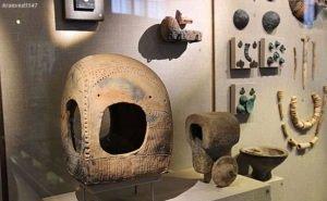 ФСБ передало музею Фелицына находки, изъятые у «чёрных копателей»