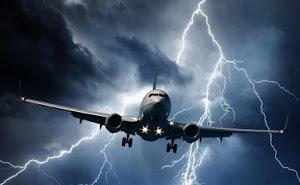 При посадке в Сочи в самолёт ударила молния
