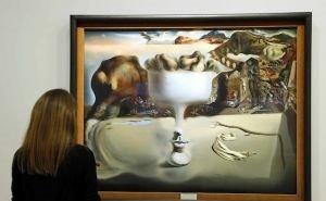 В Краснодаре «ожили» картины Сальвадора Дали