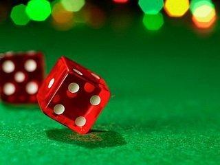 Какими положительными качествами и особенностями выделяется казино Адмирал?