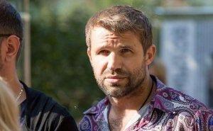 В аэропорту Краснодара задержали известного актёра за нецензурную брань