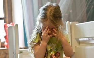 СК заинтересовался воспитательницей детсада, бившей малышей тряпкой по лицу