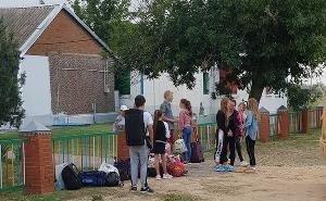 Детей, эвакуированных на Кубани из-за непогоды, хотят возвратить в лагеря