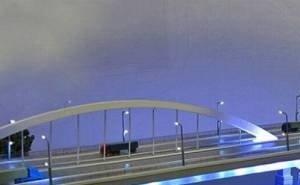 Грузовики, несмотря на запрет, продолжают ездить по Яблоновскому мосту