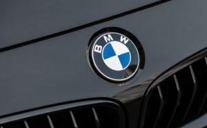 У краснодарца угнали BMW за 2,8 млн рублей, воспользовавшись услугами эвакуатора