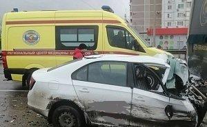 В Краснодаре у водителя во время движения случился инсульт