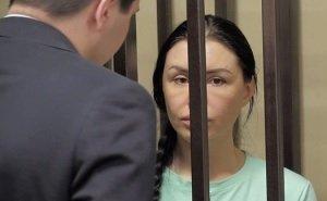 Лже-хирурга Алёну Верди выпустили на свободу