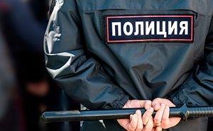 «У него кровь изо рта!»: на мужчину, которого душил полицейский, могут завести дело