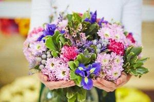 Порадуйте близких доставкой цветов от Flowers UA