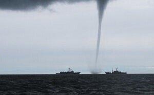 Отдыхающих на Чёрном море предупредили об образовании смерчей