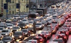 Менять личный транспорт на общественный жители Кубани не торопятся