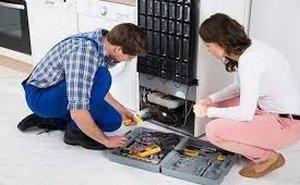 Когда нужен ремонт холодильников?