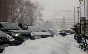 Краснодарские водители жалуются на заснеженные дороги