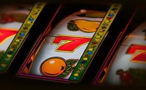 игровые автоматы в клубе Azino777