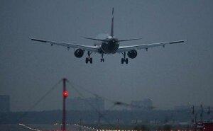 Boeing-737 с неисправными закрылками совершил аварийную посадку в Краснодаре
