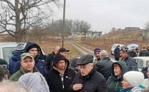 Жители Белореченска требуют прекратить свозить им «сочинский» мусор