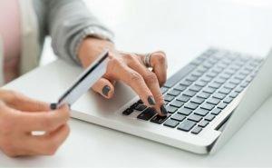 Стоит ли брать кредит онлайн на карту