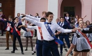 В Краснодаре пьяным выпускникам пришлось вызывать «скорую»