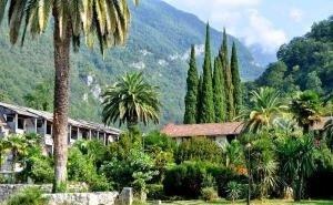 Туристы могут поехать на ноябрьские в Абхазию вместо Сочи